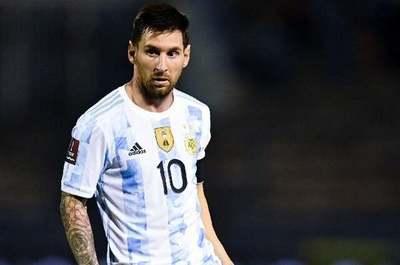 """Messi: """"Hace 3 días que estamos acá y estaban esperando que empezara el partido para venir"""""""