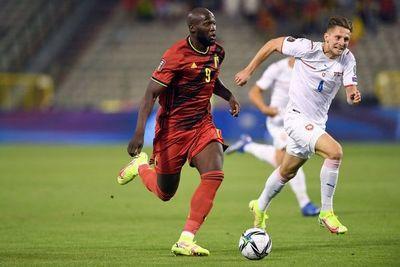 Lukaku y Hazard ponen a Bélgica rumbo a Catar