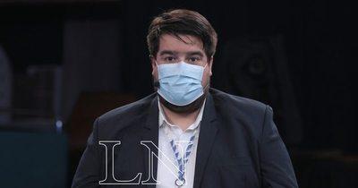 La Nación / Médico pide seguir con los protocolos y acudir a los vacunatorios para inmunizarse