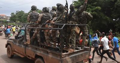 La Nación / Militares dan golpe de Estado en Guinea y capturan al presidente