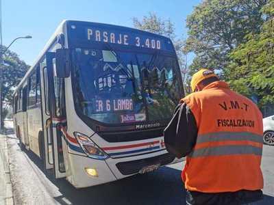 Buses permisionarios del Viceministerio de Transporte mantienen precio del pasaje