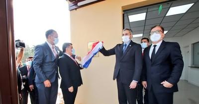 La Nación / Mandatario inaugura nuevo servicio de tomografía en San Jorge