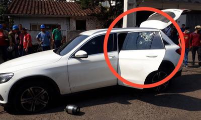 Comerciante y su acompañante sufren violento asalto de un grupo tipo comando en Fernando de la Mora