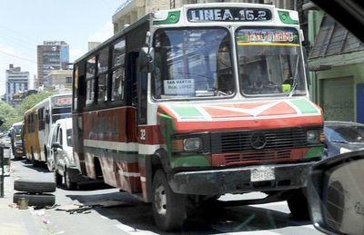 Municipalidades deben dar subsidios a sus permisionarios, según viceministro de Transporte