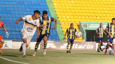 Deportivo Capiatá celebra en condición de local