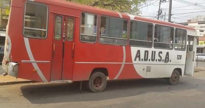 La Nación / Buses chatarra: subieron pasajes, pero cuando se descomponen no devuelven importe, denuncian