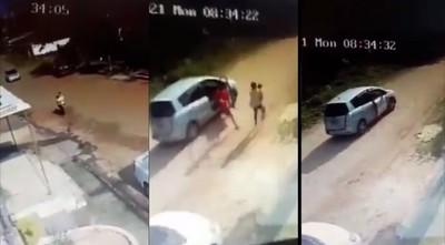 Mujer con bebé en brazos es asaltada en Villa Elisa