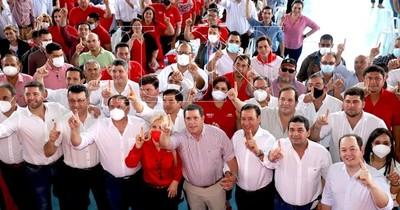 La Nación / Cartes destaca la unidad cuando se priorizan intereses partidarios