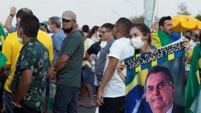 Jair Bolsonaro busca movilizar a las masas en tensa jornada de marchas