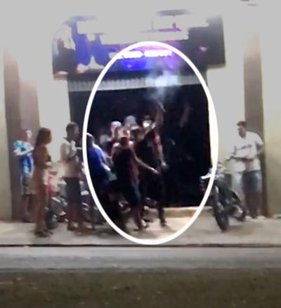 Jóvenes alcoholizados, pelea y disparos en discoteca clandestina que opera a metros de una subcomisaría – Diario TNPRESS