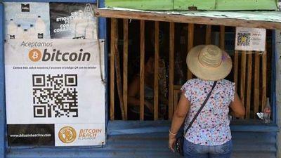 El Salvador se convierte este martes en el primer país del mundo en adoptar la criptomoneda como divisa de curso legal