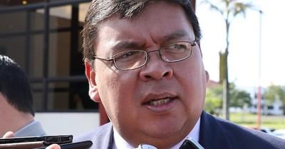 """La Nación / Cambios en la Policía: De Vargas afirma que """"son solo de boca para afuera """""""