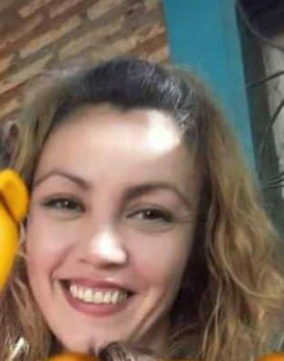 Una madre de dos niños pequeños está desaparecida hace más de un mes