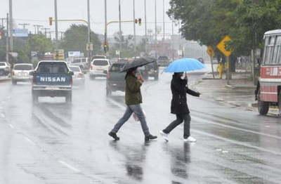 Anuncian precipitaciones con ocasionales tormentas eléctricas y vientos del sur