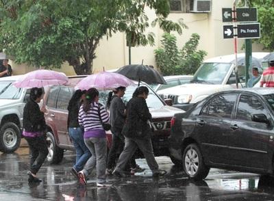 Meteorología anuncia martes fresco y con lluvias