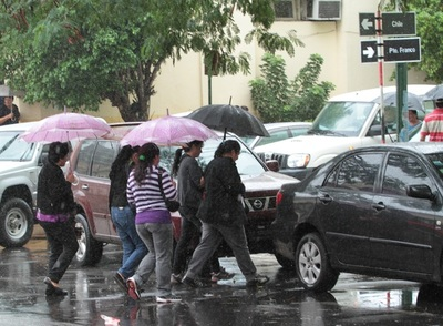 Meteorología anuncia miércoles fresco y con lluvias