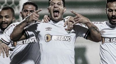 Raúl colabora con la victoria de Fluminense en la Serie A de Brasil