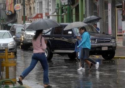 Meteorología pronostica descenso de temperatura con precipitaciones y tormentas eléctricas