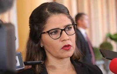 'Hay que atacar problemas de fondo y no solo presentar soluciones parches', afirma ministra de Justicia