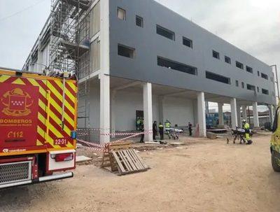 Compatriota se encuentra grave tras accidente laboral en España · Radio Monumental 1080 AM