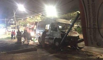 Paciente que era trasladado en ambulancia falleció tras accidente