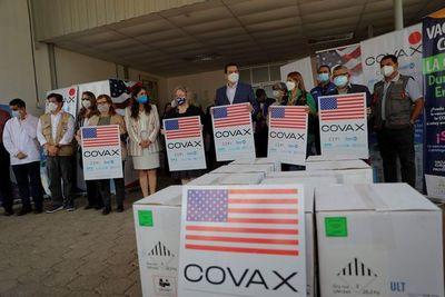 COVAX reduce sus previsiones de envío de vacunas COVID a países en desarrollo