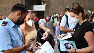Italia afirmó que la vacunación obligatoria contra el coronavirus «es una opción posible»