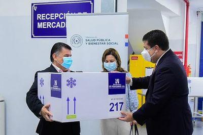 Donan a Salud equipos y logística para conservar vacunas