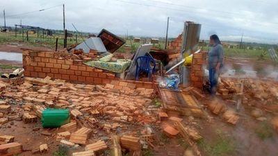 Tormenta causa destrozos en la zona de Alto Paraná
