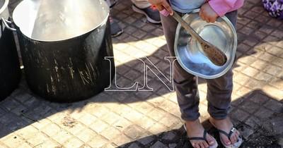 La Nación / Analizan convertir las famosas ollas populares en comedores comunitarios