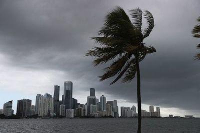 Se forma tormenta tropical Mindy en el Golfo de México y se acerca a Florida