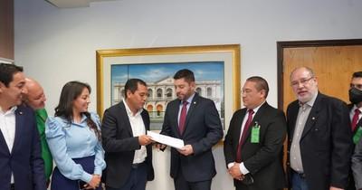 La Nación / Hernandarias pide una compensación de 3% de los recursos de Itaipú