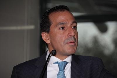 Titulares de los bancos centrales de Centroamérica analizan crisis económica