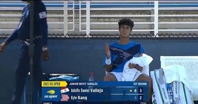 La Nación / Daniel Vallejo cae en singles y dobles