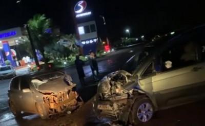 Choque frontal de vehículos sobre la ruta 6 en Santa Rita