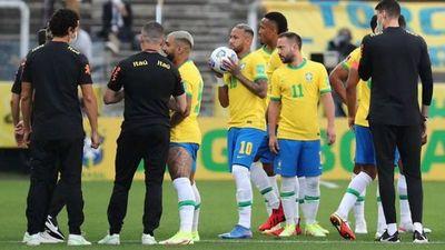 Brasil recibe a Perú con la sombra del frustrado clásico