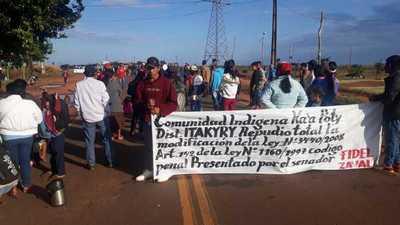 Supuestos sin tierra se movilizan en rechazo del Proyecto de Ley de la Invasión de Tierra