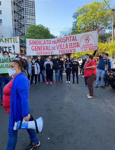 Salud: gremio pide aumento del 50% para unos 50.000 trabajadores