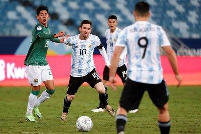 Argentina, con su público, por seguir en racha ante una ilusionada Bolivia