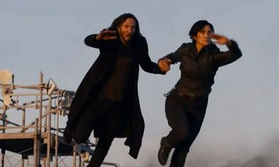 "La película ""Matrix ""Resurrections"" reveló su primer trailer"