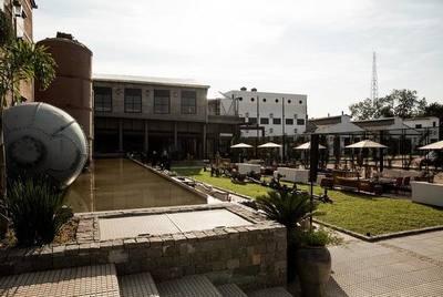 El gran Puerto Liebig reabre sus puertas en Asunción