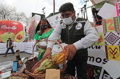 Las bondades de la Amazonía boliviana se exponen en una feria en La Paz
