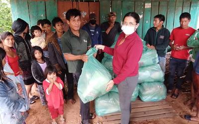 Caazapá: Comunidad indígena recibe asistencia sanitaria y kits de alimentos