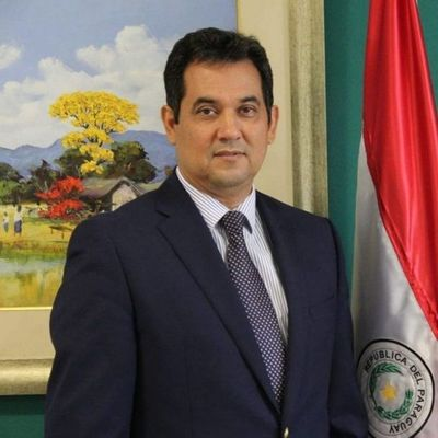 Director de Aduanas denuncia a senador Arévalo por tráfico de influencias