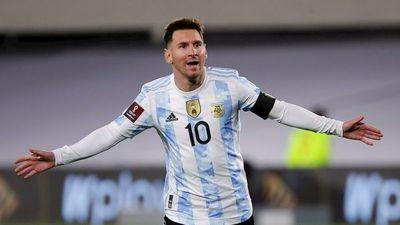 Argentina aplasta a Bolivia con un Messi histórico