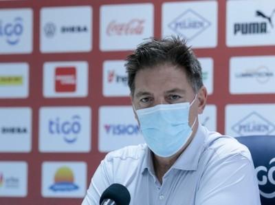 "Eduardo Berizzo: ""Jugamos un partido muy serio"""