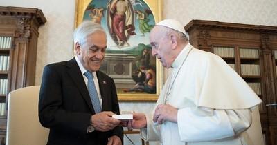 La Nación / El papa Francisco recibió ayer al presidente Piñera