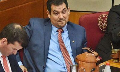 Senador Arévalo es denunciado por tráfico de influencia en Aduanas