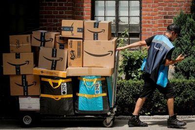 Amazon le pagará los estudios universitarios a 750.000 de sus empleados en Estados Unidos