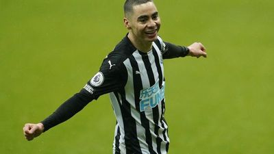 Miguel Almirón, disponible para el Newcastle
